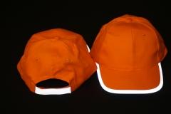 czapka z odblaskiem